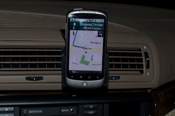 nexus-one-car-dock