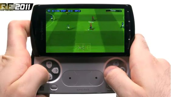xperia-play-real-football1